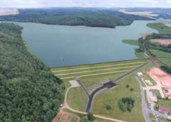 Vláda schválila Ministerstvu zemědělství úvěr na financování vodních staveb